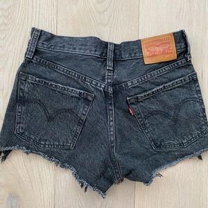 Vintage Levi cutoff shorts 501